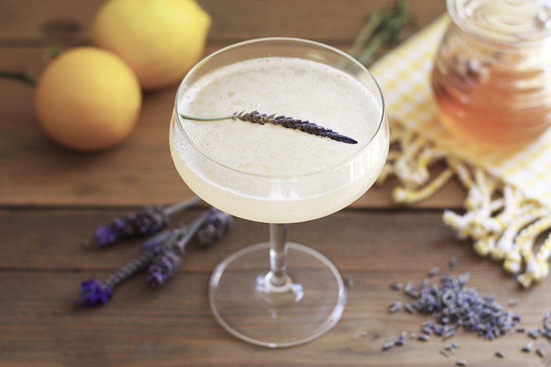 lavender-bees-knees-cocktail-ingredients