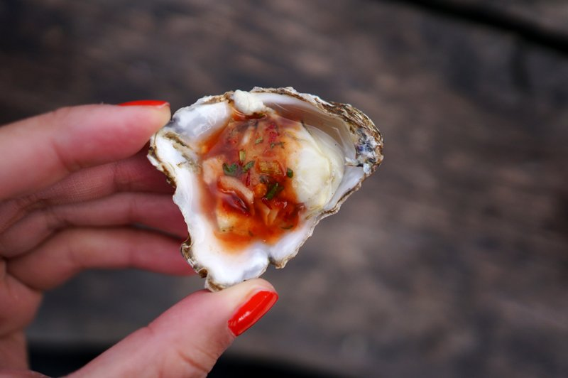 Oyster with chipotle sauce // HonestlyYUM