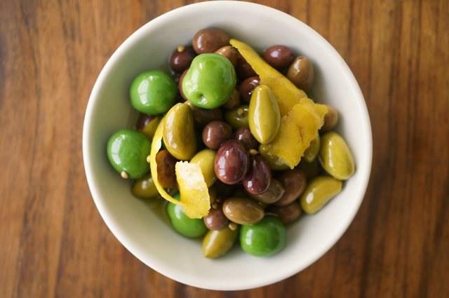 marinated olives 1