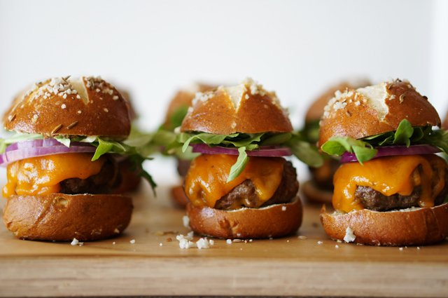 Pretzel Slider Buns with Caraway Seeds – HonestlyYUM
