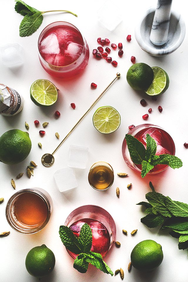 Spiced Pomegranate Cocktail // HonestlyYUM