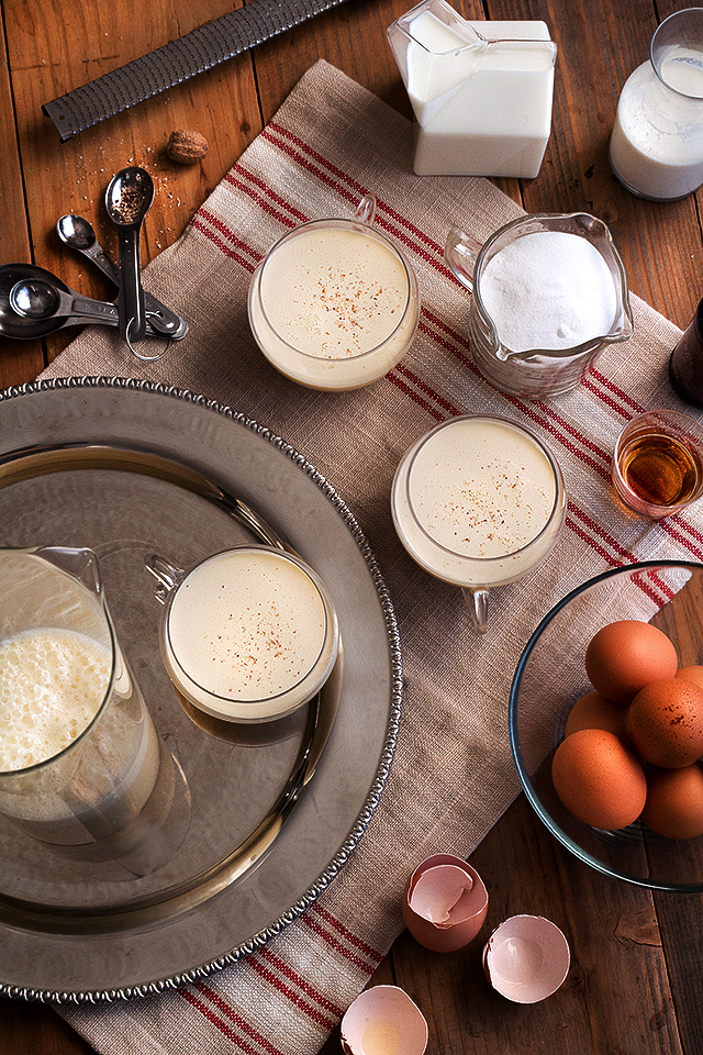Spiked Holiday Eggnog // HonestlyYUM