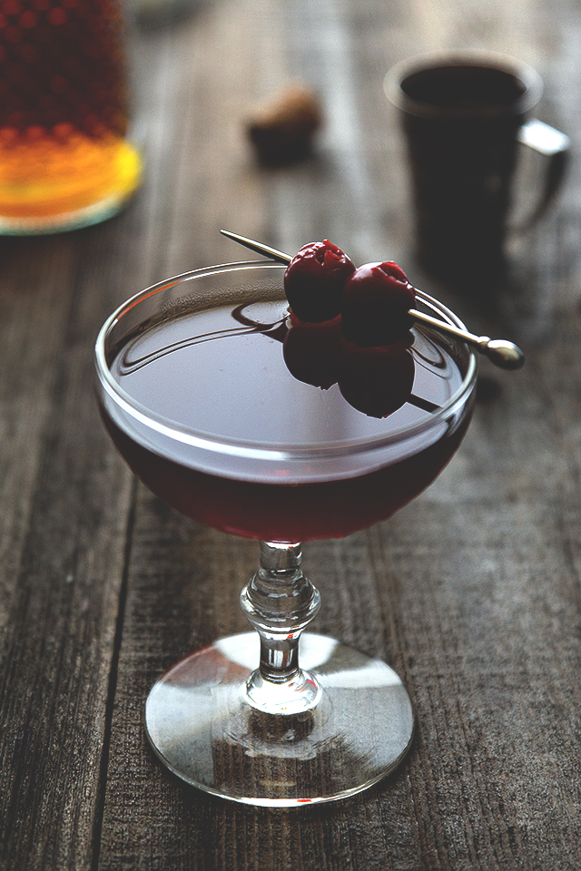 Manhattan Cocktail Honestlyyum