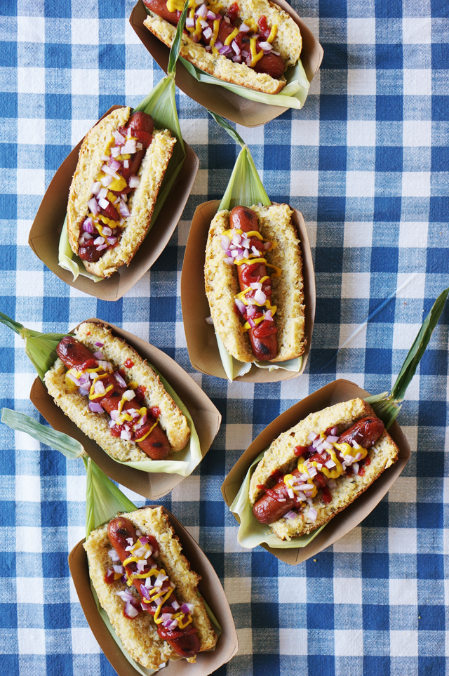 Corn bread hot dog buns