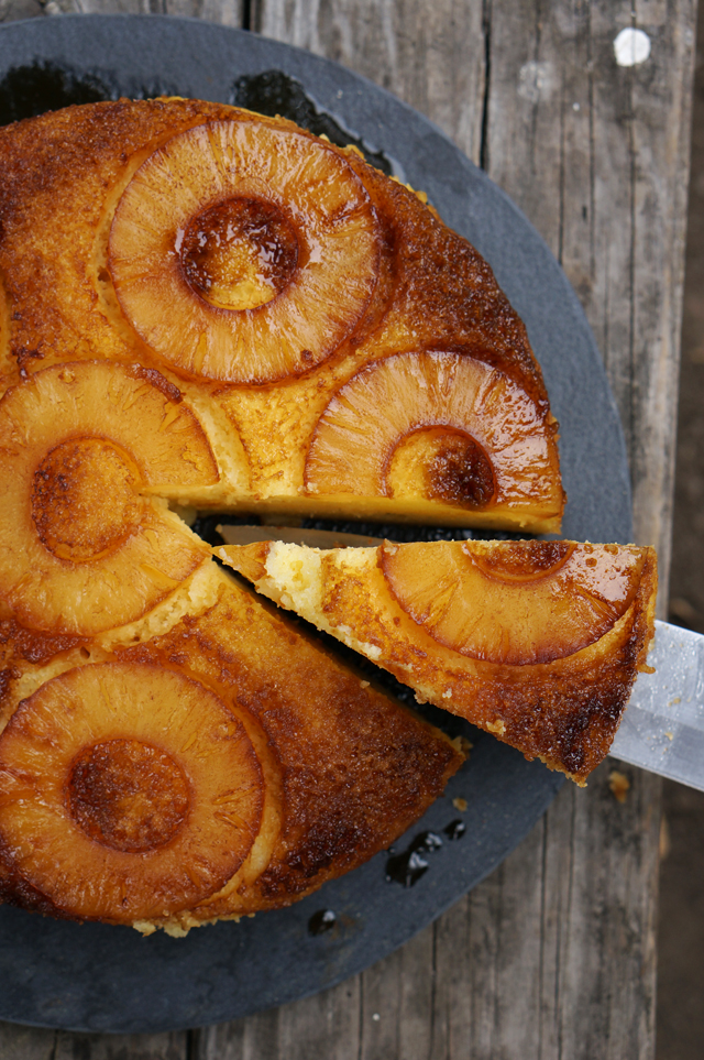Dutch oven pineapple upside down cake | HonestlyYUM
