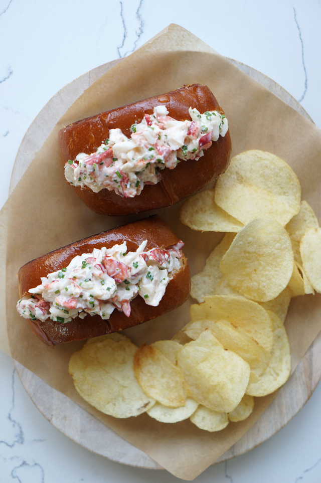 Lobster rolls | HonestlyYUM