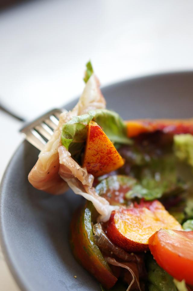 Salad bite