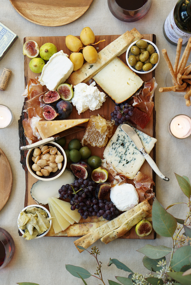 Christmas Cheese Board Ideas.The Perfect Fall Cheese Platter Honestlyyum