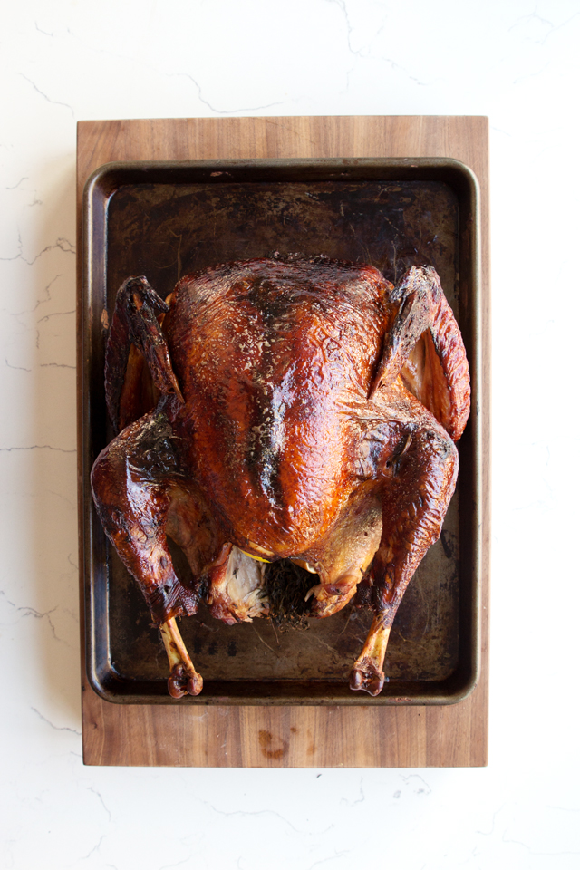 Smoked Thanksgiving Turkey  | HonestlyYUM