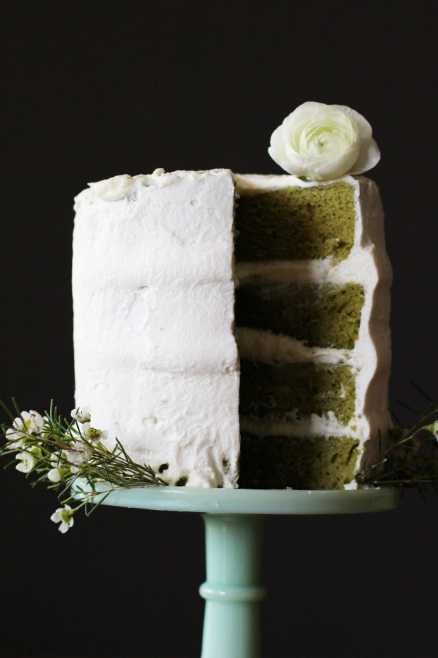 Chiffon green tea cake with white chocolate whipped cream frosting | HonestlyYUM