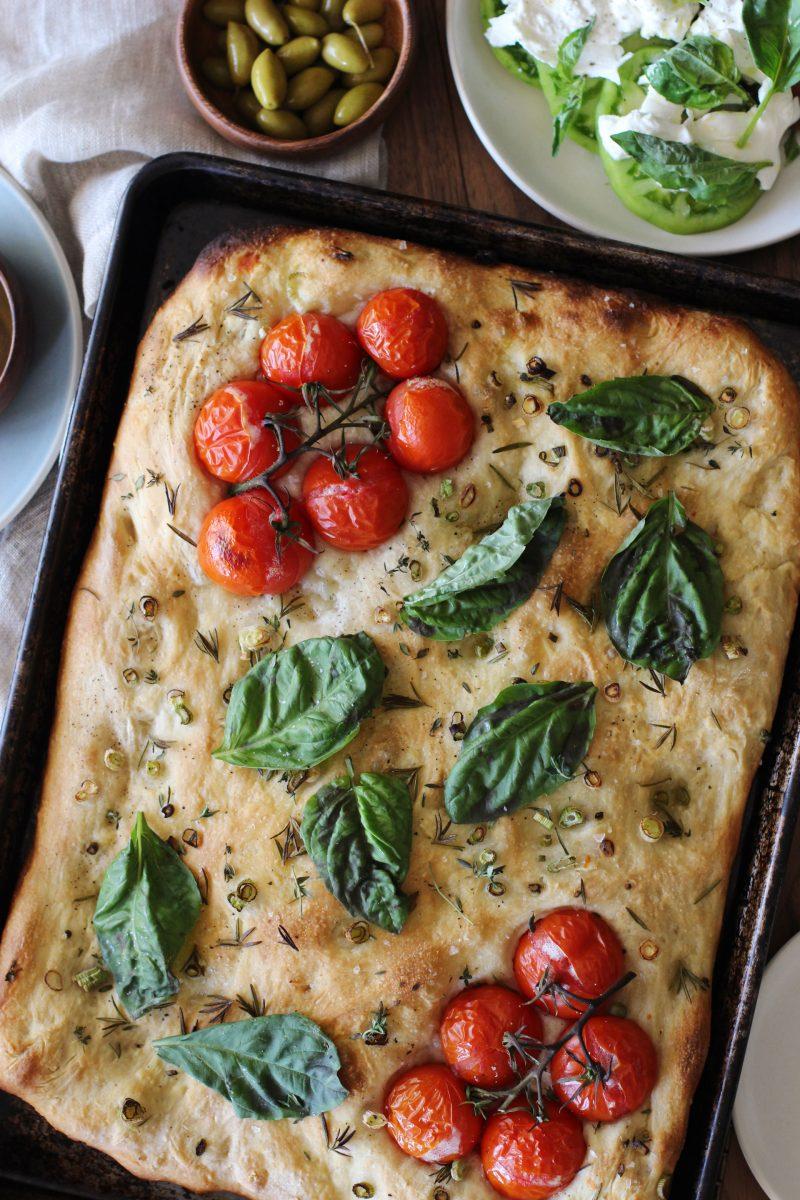 herb and tomato focaccia – honestlyyum