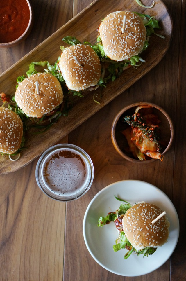 Korean Gochujang BBQ Sliders | HonestlyYUM