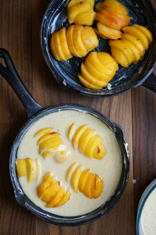 Peach clafoutis | HonestlyYUM