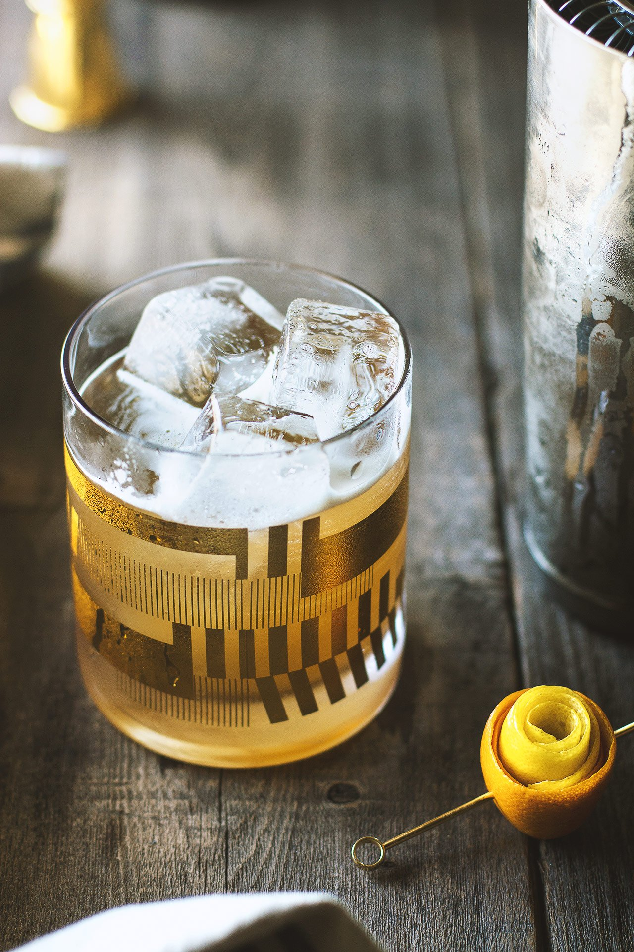 Smoked Honey Whiskey Sour | Photographed by HonestlyYUM