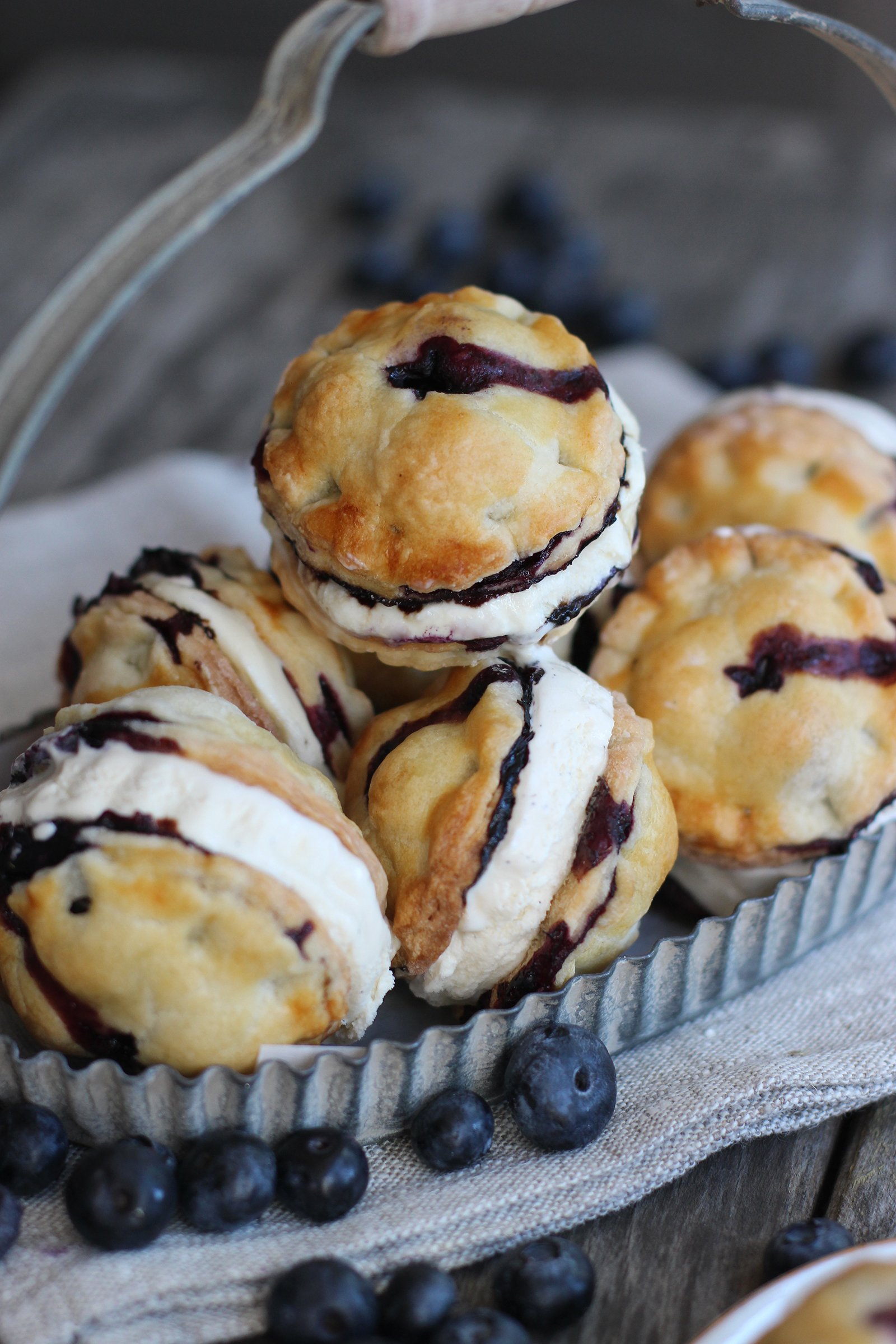 Blueberry Pie Ice Cream Sandwiches by @honestlyyum honestlyyum.com