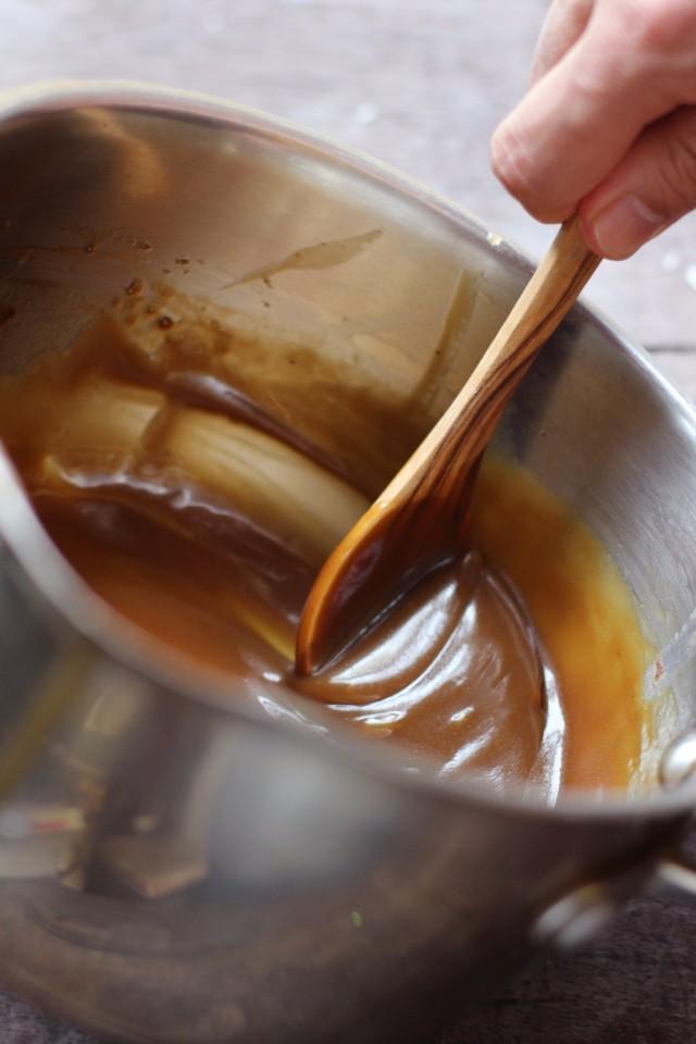 Coconut caramel sauce | HonestlyYUM