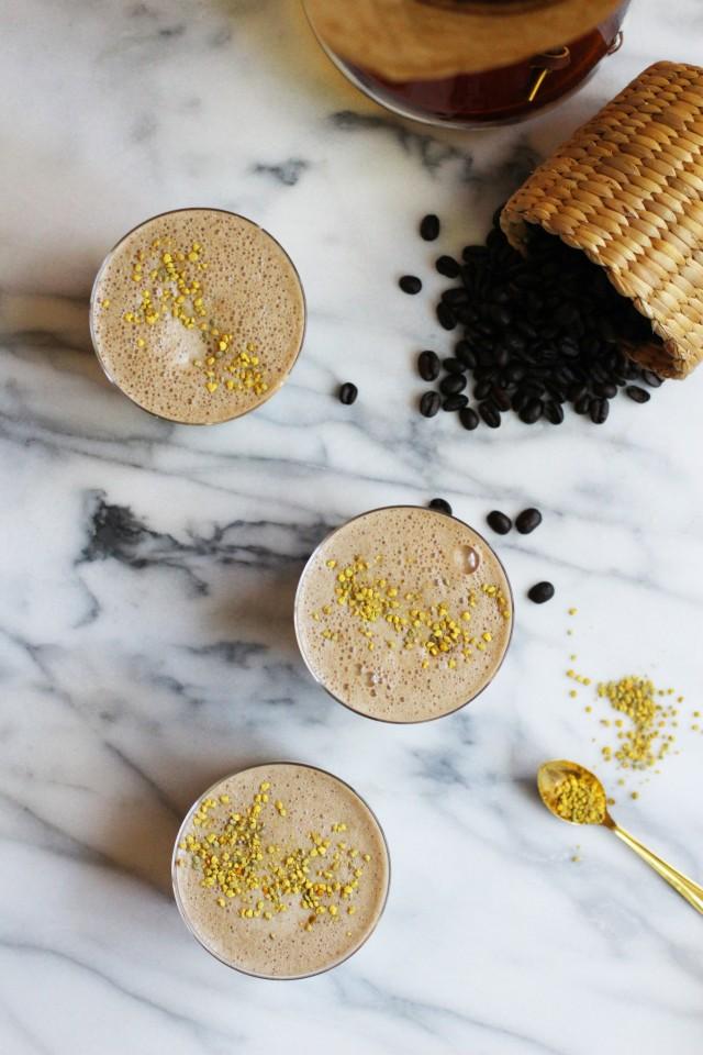 Vegan Coffee Smothies | HonestlyYUM