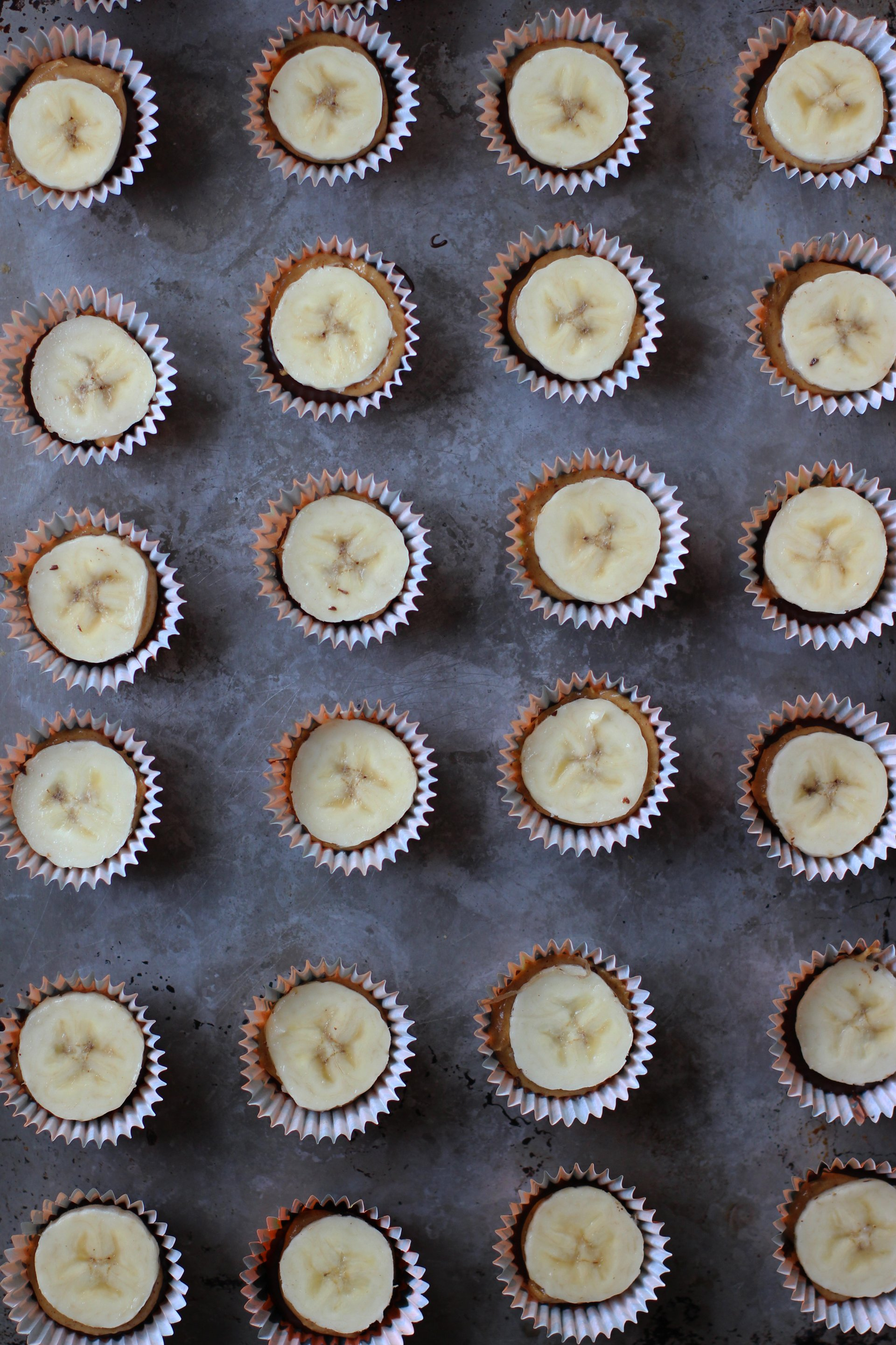 Banana + Peanut butter cups | HonestlyYUM