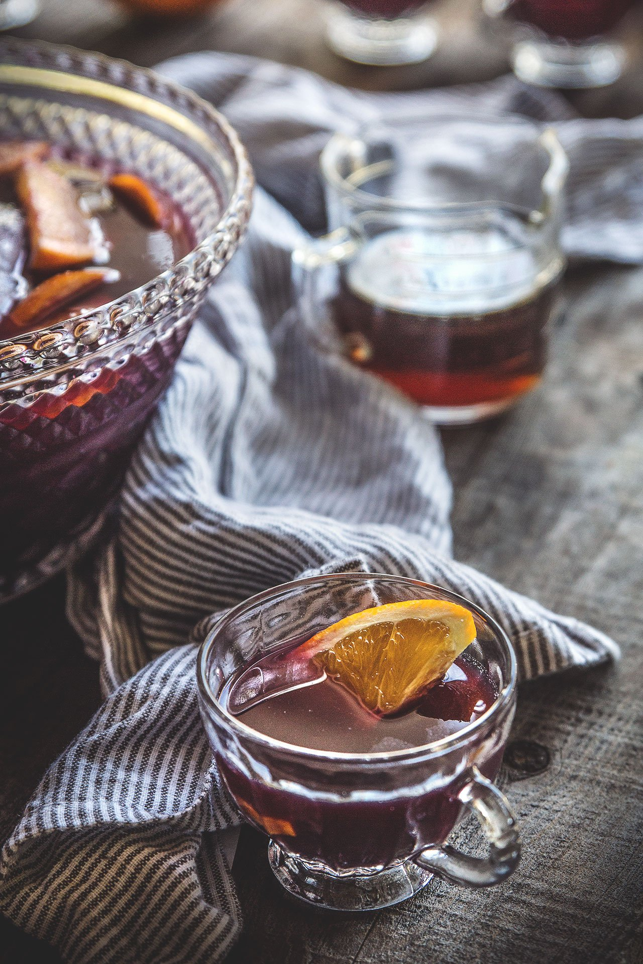 Quick Holiday Punch | HonestlyYUM