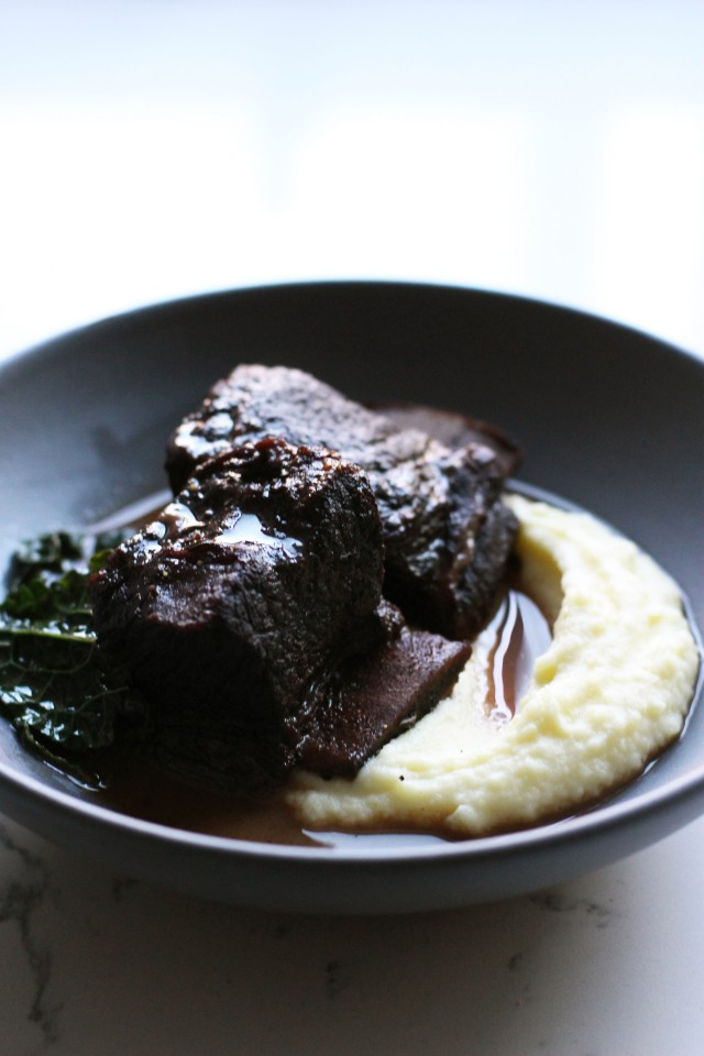 Braised short ribs with mashed potatoes