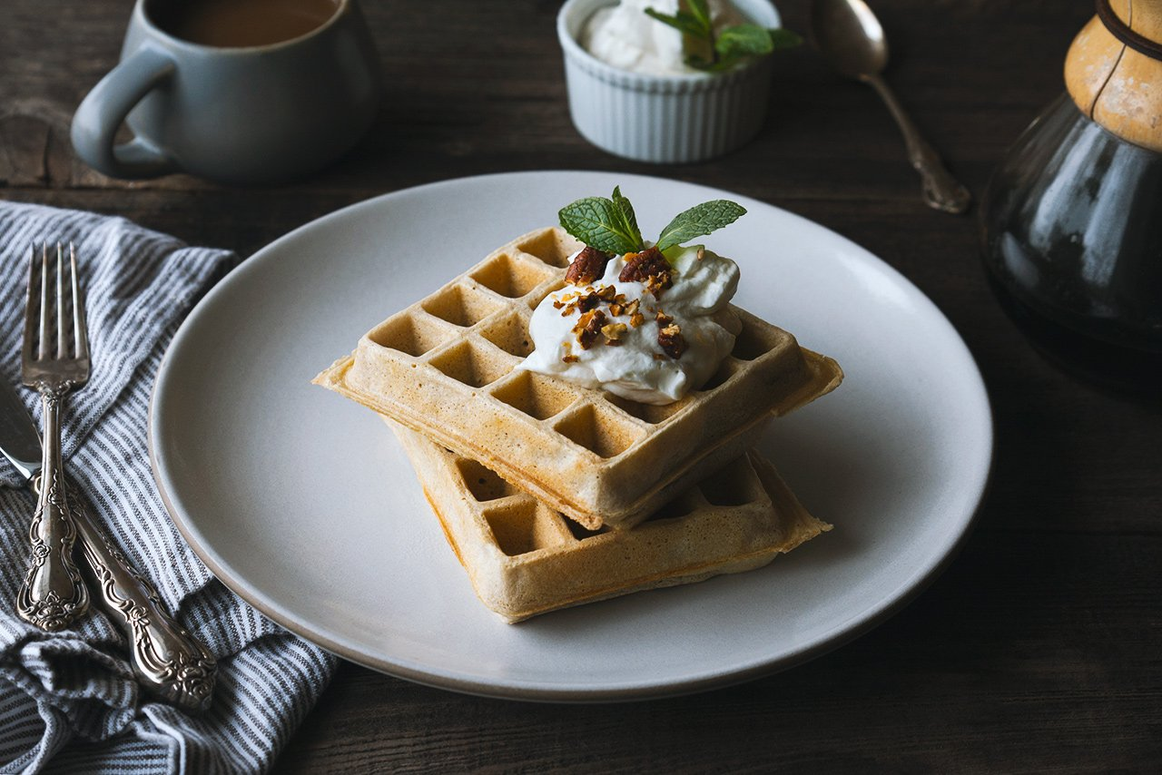 Guinness Waffles with Irish Whiskey Cream | HonestlyYUM (honestlyyum.com)