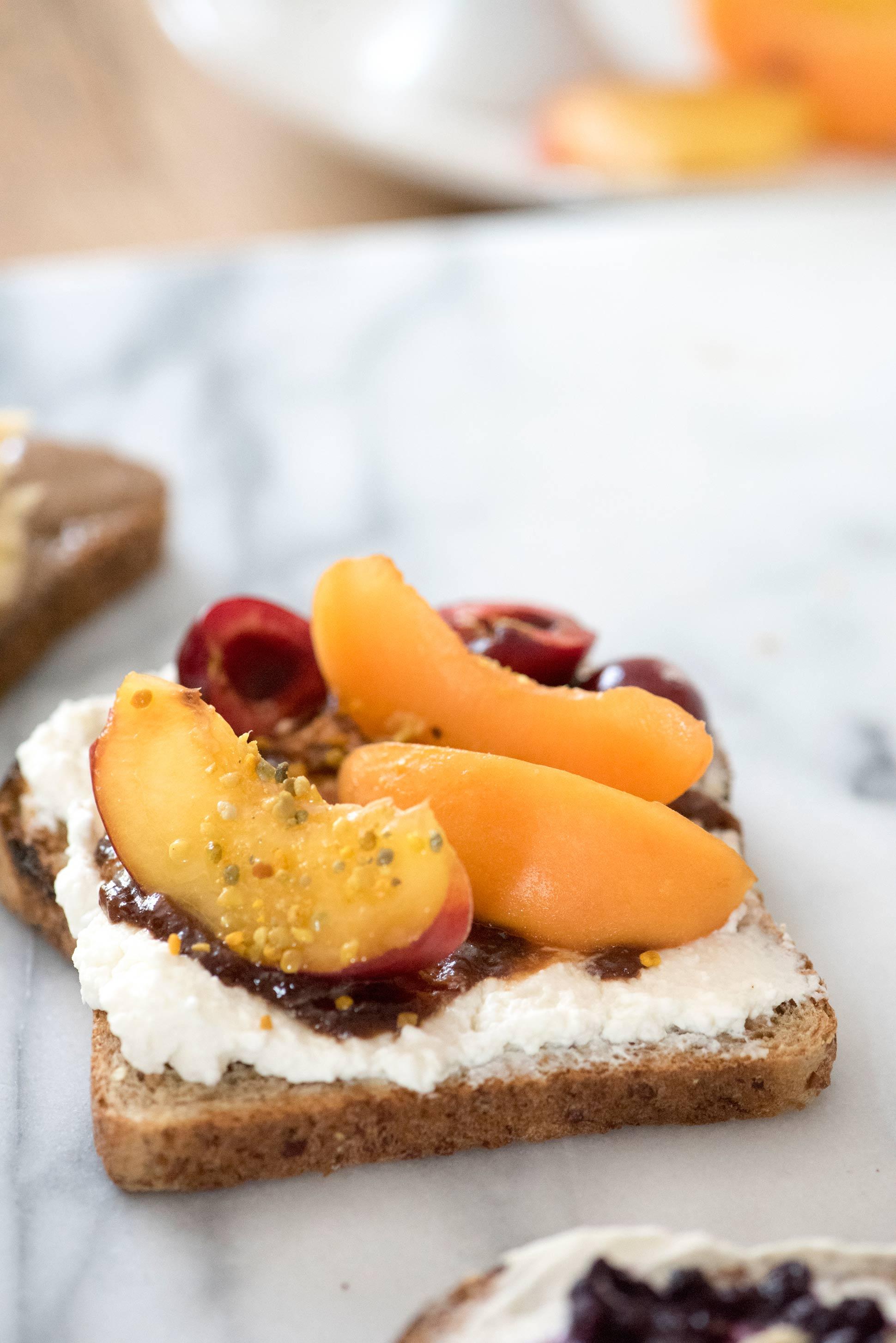 Apricot-nectarine-toasts-_-HonestlyYUM