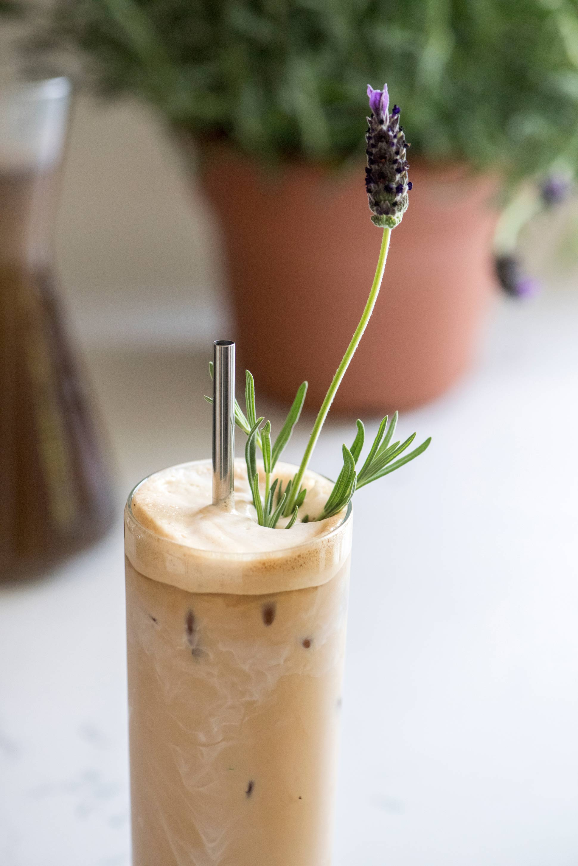 Lavender-Iced-Coffee-_-HonestlyYUM--