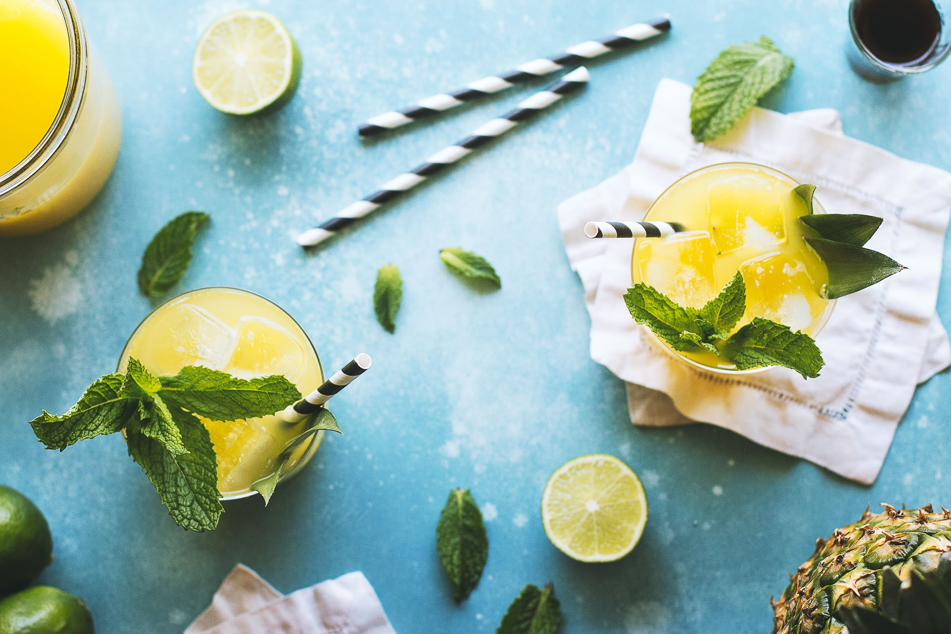 Pineapple Mint Cooler Recipe by HonestlyYUM (honestlyyum.com)