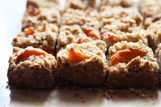 Apricot Oatmeal Bars Recipe — Dishmaps