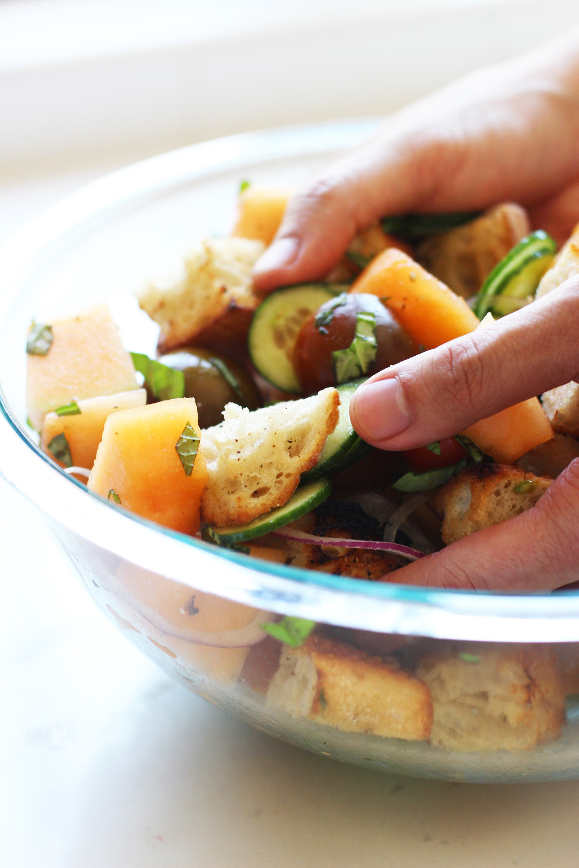 Melon-panzanella-salad-_-HonestlyYUM