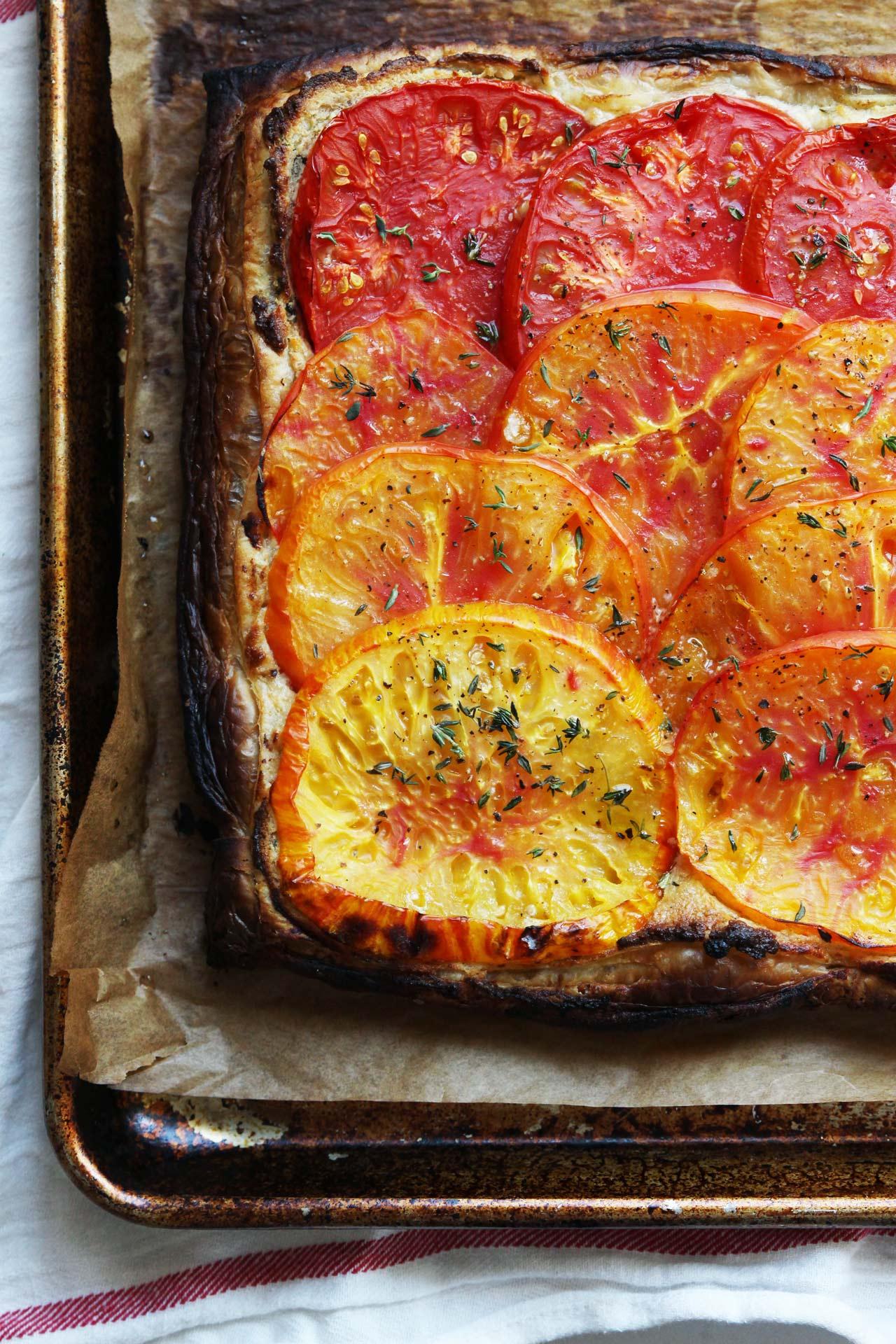 Tomato Almond Tart | HonestlyYUM