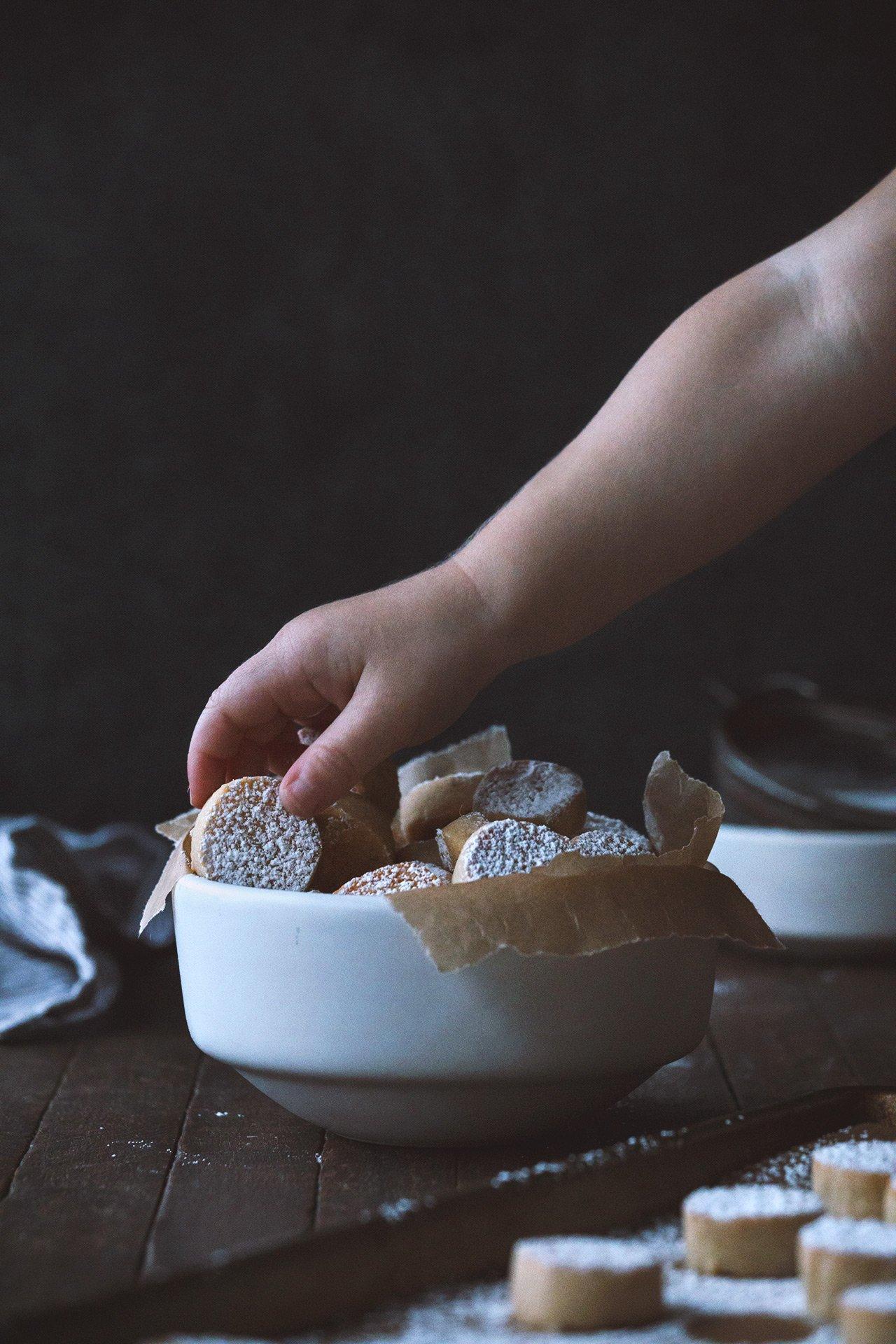 ricciarelli italian almond cookies honestlyyum honestlyyumcom - List Italian Christmas Cookies