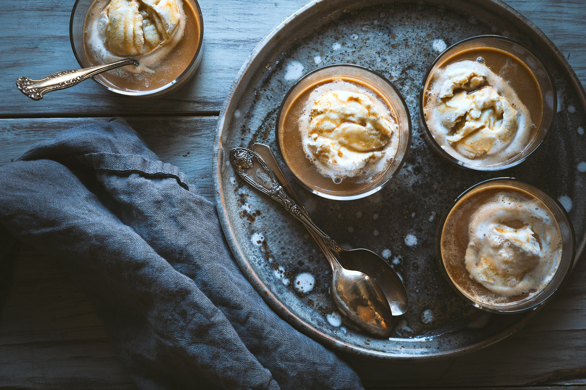 Dirty Chai Affogato | HonestlyYUM (honestlyyum.com)