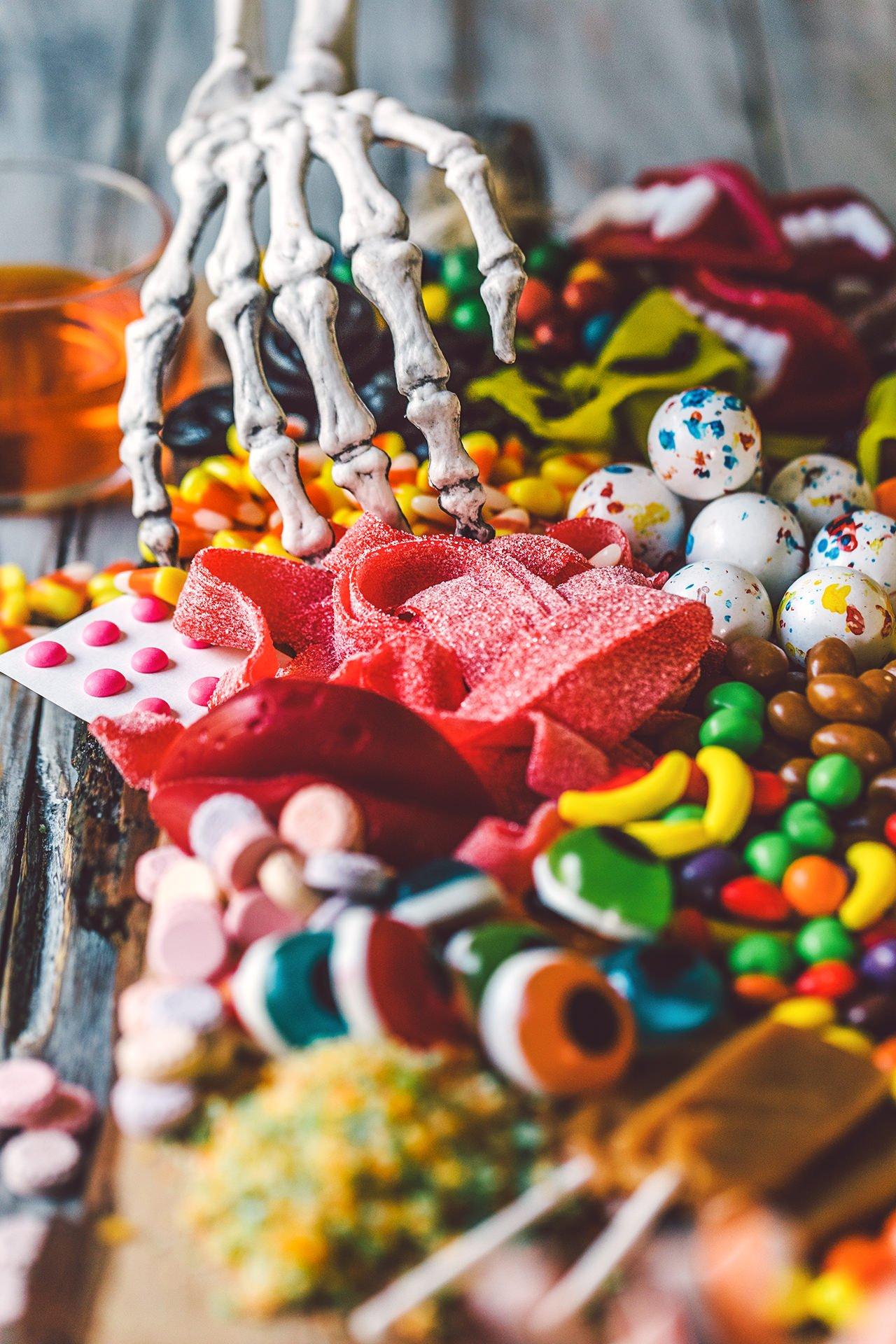 Halloween Candy Charcuterie Platter Honestlyyum