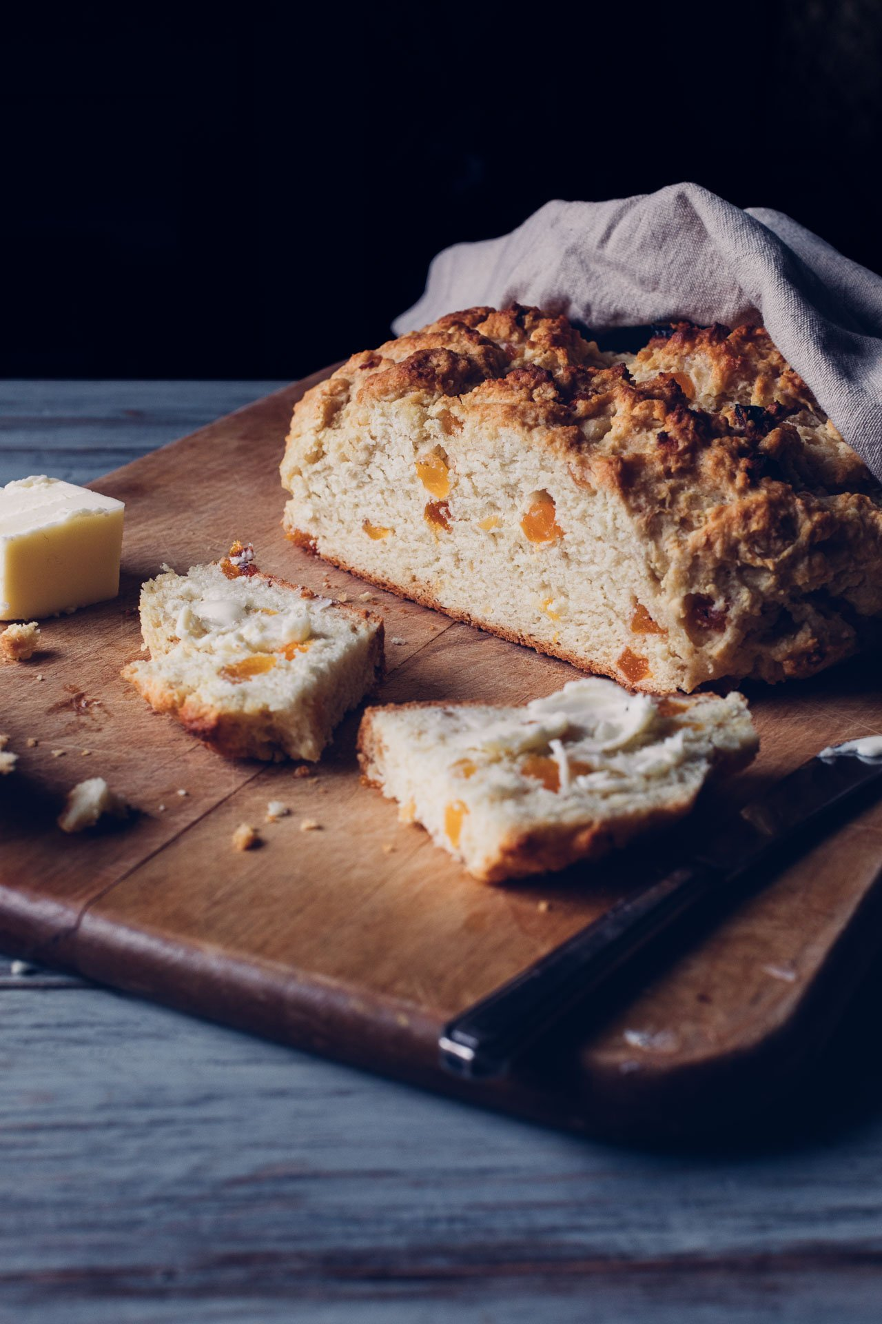 Irish Soda Bread with Dried Apricots | HonestlyYUM (honestlyyum.com)