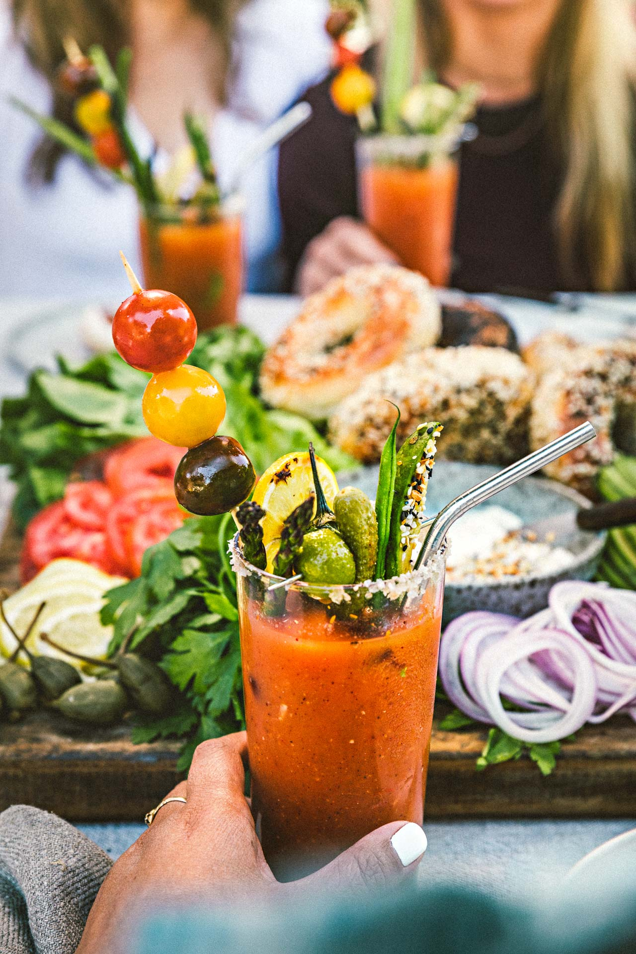 Grilled Bloody Mary | HonestlyYUM (honestlyyum.com) #cocktails #grilling #recipes #bloodymary #vodka