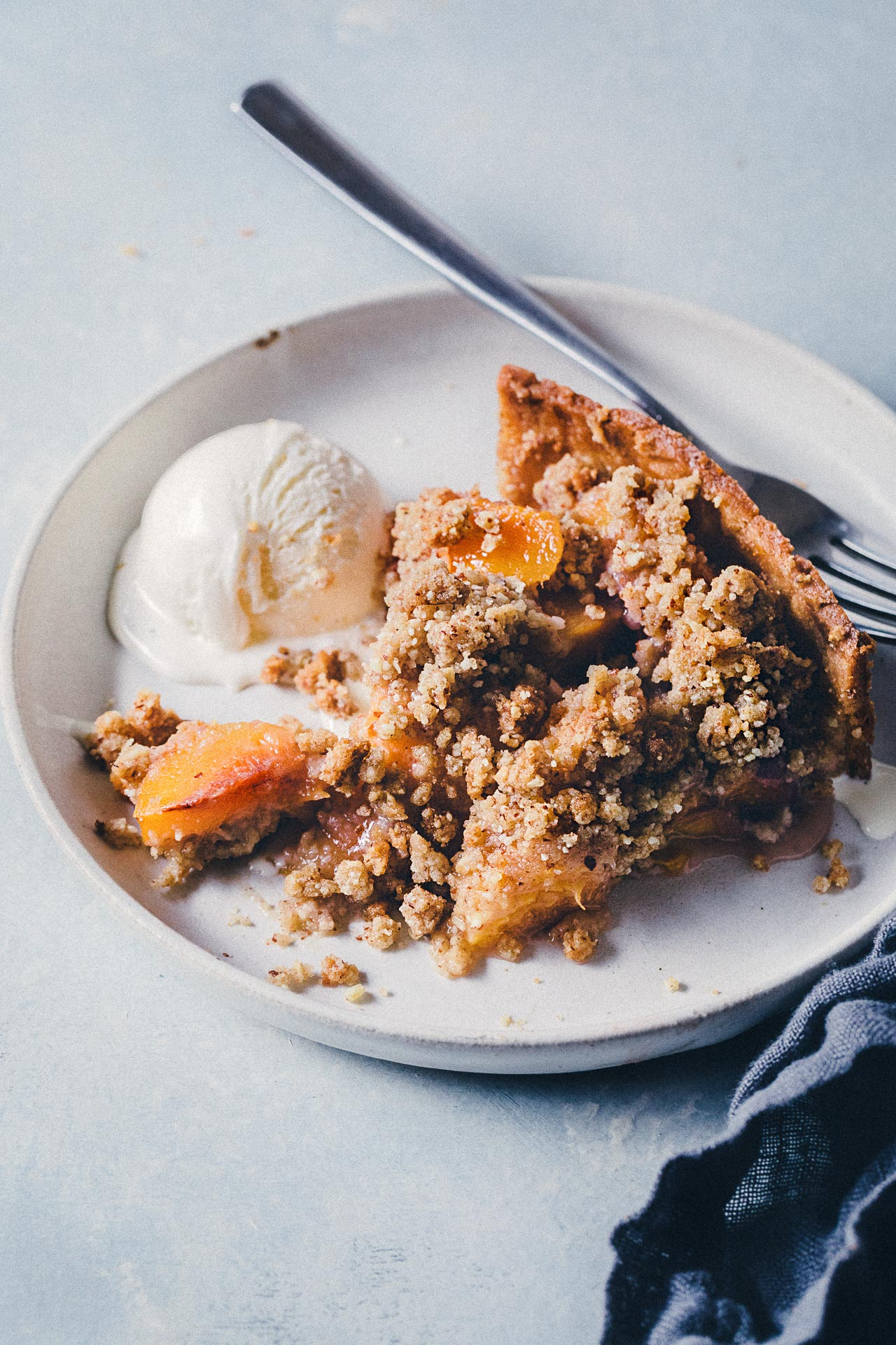 Nectarine Tart with Crumble Topping