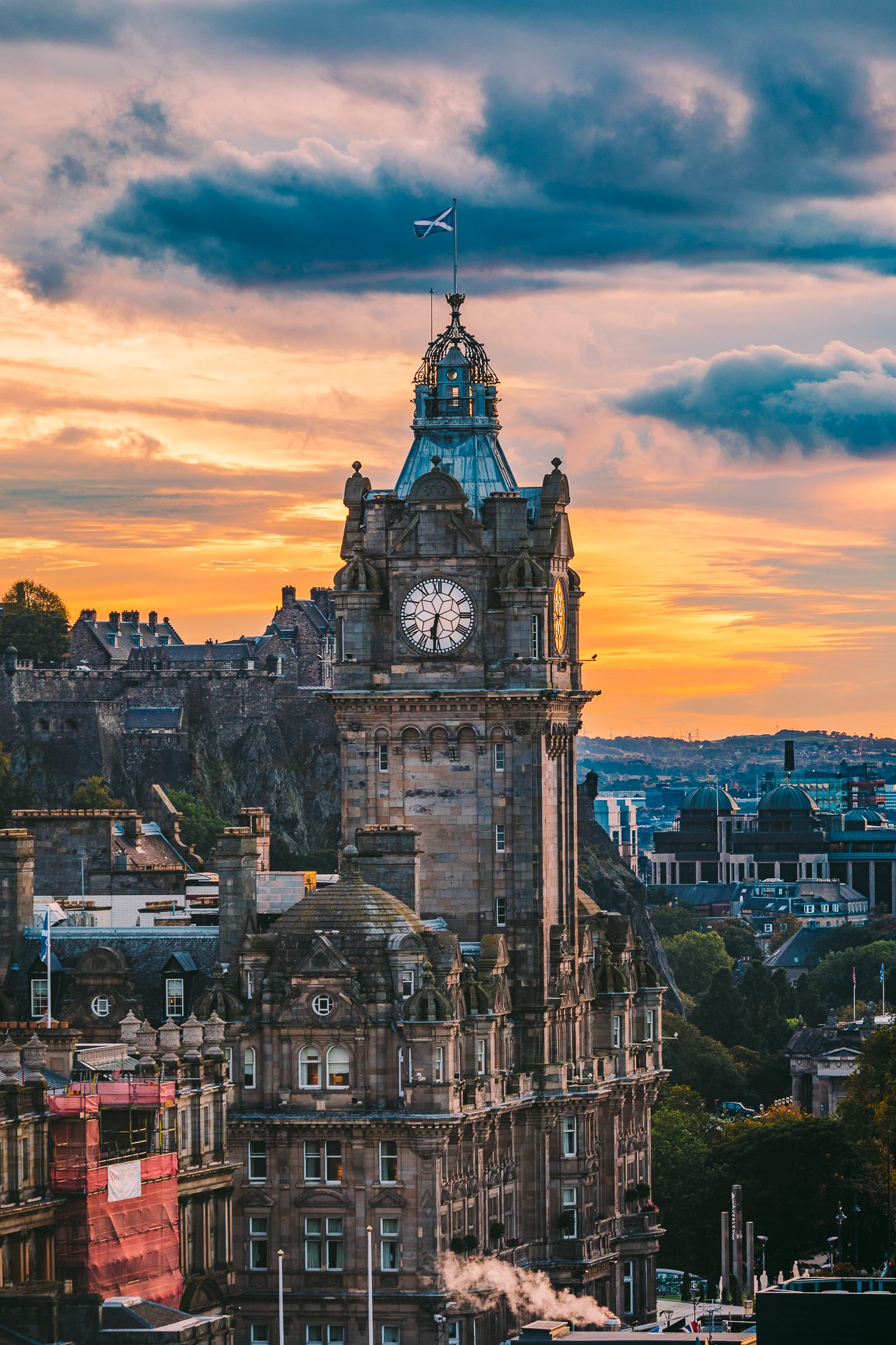 View from Calton Hill, Edinburgh Travel Guide by HonestlyYUM