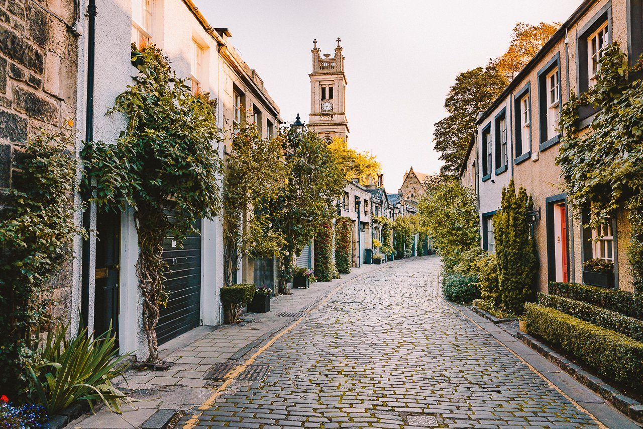 Circus Lane, Edinburgh Travel Guide by HonestlyYUM