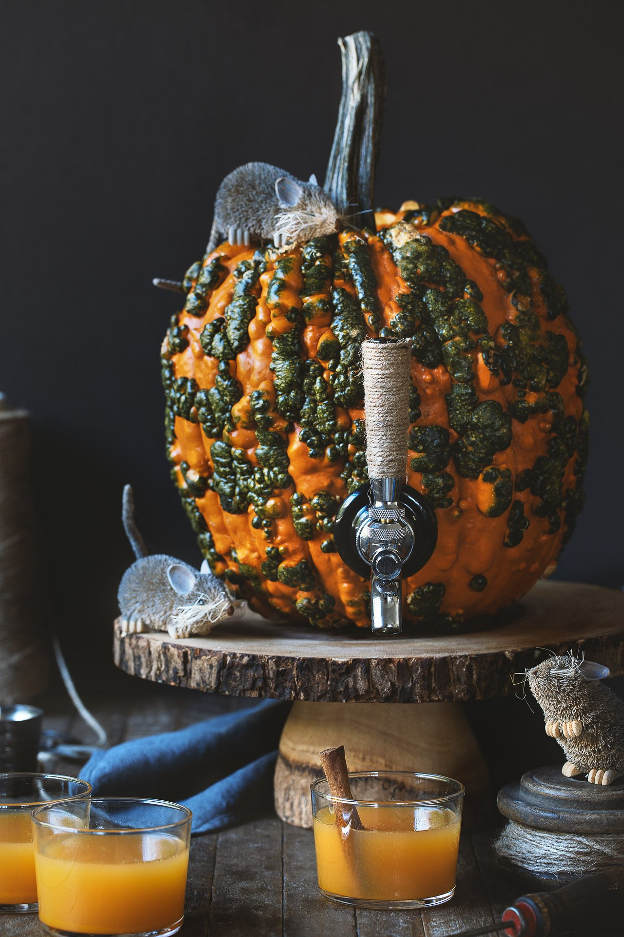 DIY Pumpkin Keg for your next Halloween party!